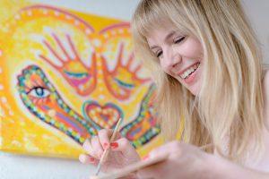 Nina Berzbach bio photo